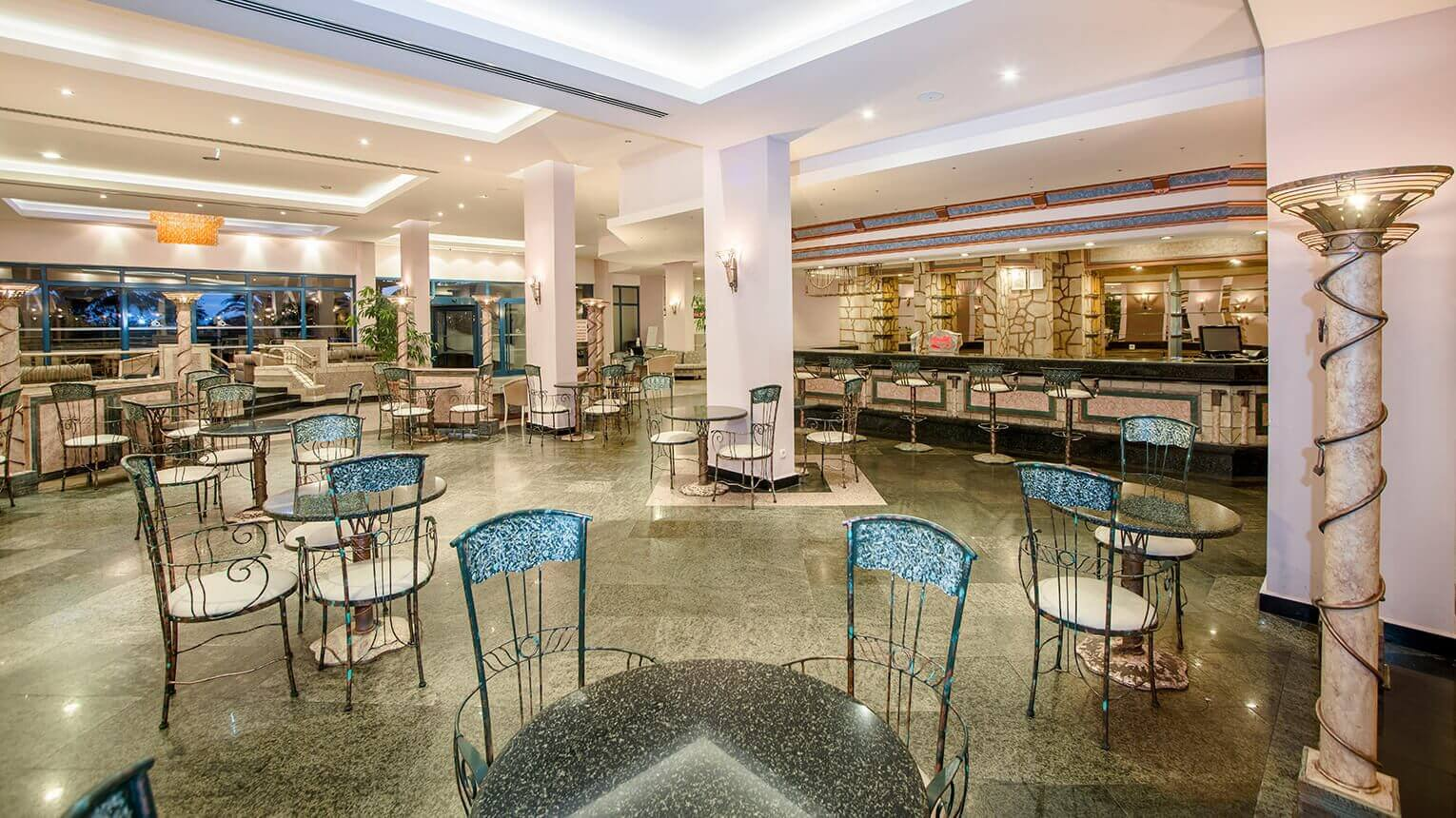 Lobby-Bar-Galeri-1